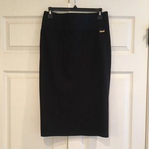 TAHARI Black Skirt S/P